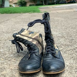 Steve Madden camo print leather boots